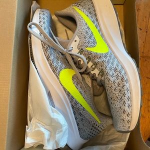 Brand new Nike Air Zoom Pegasus 35 Women's shoes